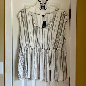 Flowy grey striped boho style top